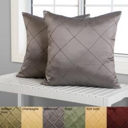 Diamond Pintuck 18-inch Decorative Pillows (Set of 2)