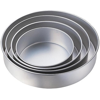 Performance Round Cake Pan Set