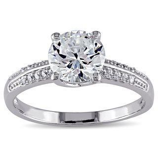 Miadora Sterling Silver Round-cut Prong-set Clear Cubic Zirconia Engagement-style Ring