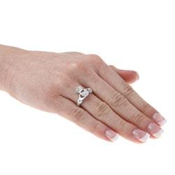 La Preciosa Sterling Silver Cubic Zirconia Claddagh Ring - Thumbnail 2