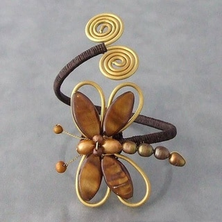 Handmade Cotton Brown/ Black/ White Shell and Pearl Dragonfly Brass Cuff (5-10 mm) (Thailand)