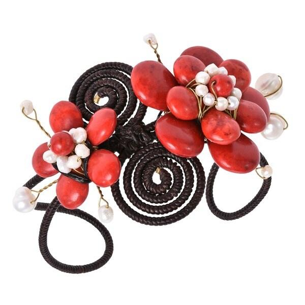 Handmade Cotton 5-petals Red Coral/ Pearl Flower Cuff (3-10 mm) (Thailand)