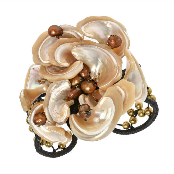 Handmade Cotton, Shell and Pearl Brass Bead Brown Flower Cuff (5-7 mm) (Thailand)