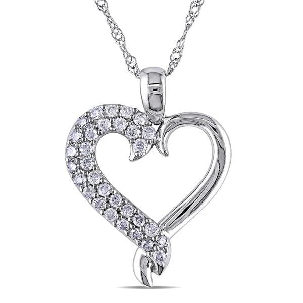 Miadora 10k White Gold 1/4ct TDW Diamond Heart Necklace (G-H, I3)