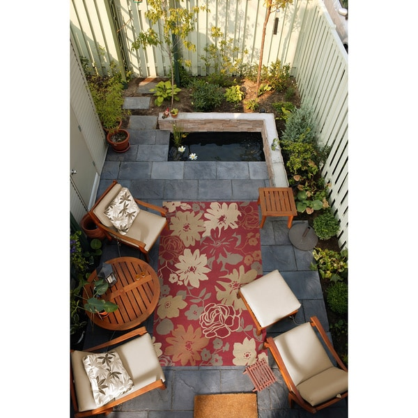 Hand-hooked Rain Tomato Red Floral Indoor/Outdoor Floral Rug (8' x10')