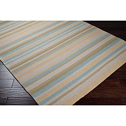 Hand-hooked Bliss Pale Yellow/Sage Indoor/Outdoor Stripe Rug (5' x 8')