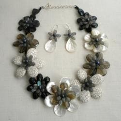 Handmade Multi-gemstone and Pearl Grey Scale Jewelry Set (7-10 mm) (Thailand)