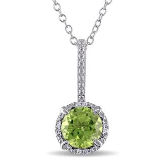 Miadora Sterling Silver Peridot and Diamond Accent Necklace (I-J, I3)