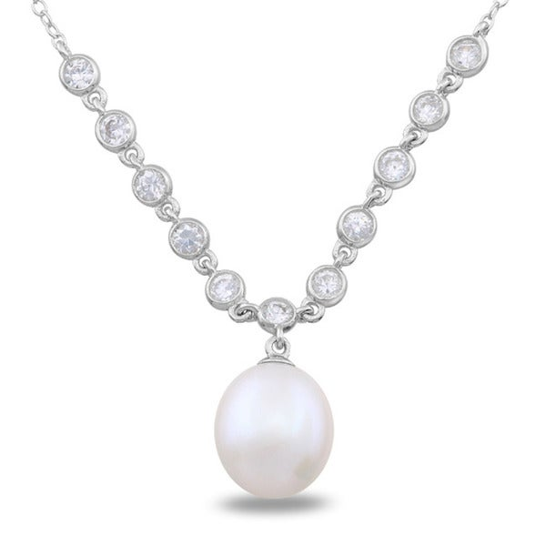 Miadora Sterling Silver Cubic Zirconia and Pearl Necklace (9-9.5 mm)