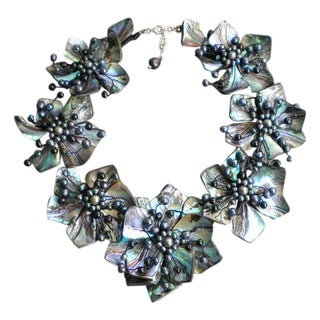 Pearl And Abalone Floral Motif Necklace 4 10 Mm Thailand