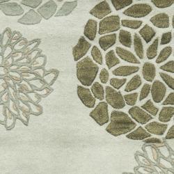 Safavieh Handmade Soho Botanical Light Grey N. Z. Wool Runner (2'6 x 14')