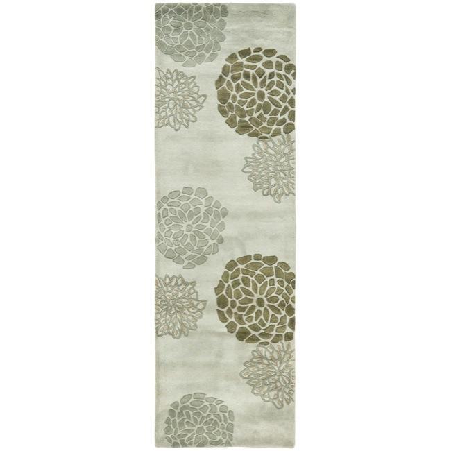 Safavieh Handmade Soho Botanical Light Grey N. Z. Wool Runner (2'6 x 8')
