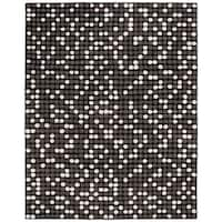 "Safavieh Handmade Soho Dots Black New Zealand Wool Rug - 7'-6"" x 9'-6"""