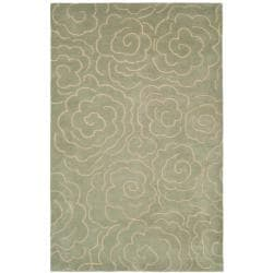 Safavieh Handmade Soho Roses Light Blue New Zealand Wool Rug (5'x 8')