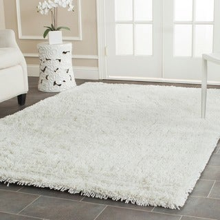 Safavieh Classic Ultra Handmade White Shag Rug (6' x 9')