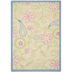 Safavieh Handmade Children's Paisley Ivory New Zealand Wool Rug (8' x 10')