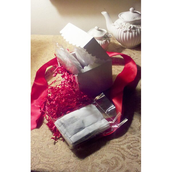 Taking Tea InStyle Sweetheart Tea Lover's Gift Box