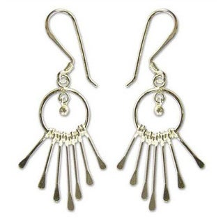 Sterling Silver 'Catch The King's Eye' Chandelier Earrings (Thailand)