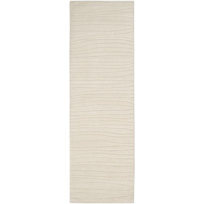 Hand-tufted Solid White Plush Painterly Wool Rug (2'6 x 8')