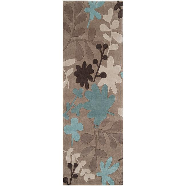 "Hand-tufted Retro Chic Taupe Floral Area Rug - 2'6"" x 8'"