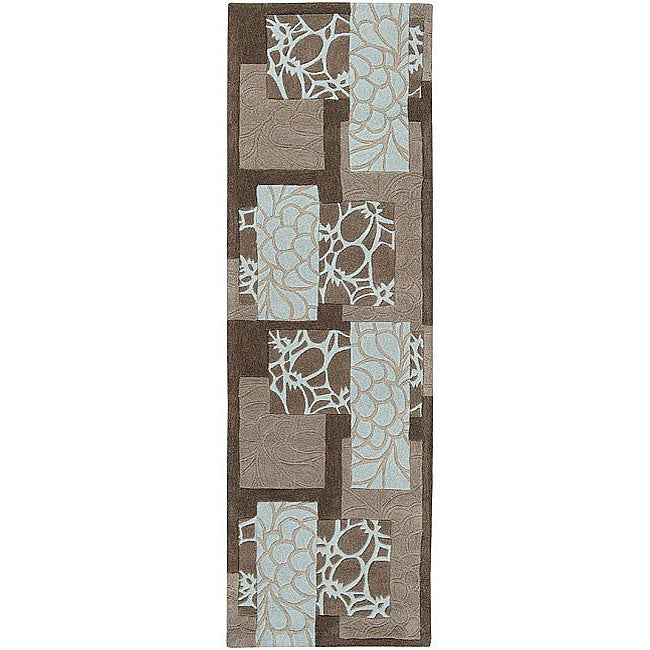 Hand-tufted Retro Chic Grey Floral Squares Rug (2'6 x 8')...