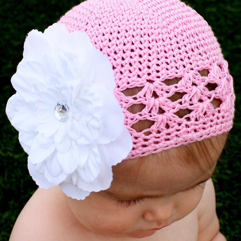Headbandz Crocheted Baby and Toddler Pink/White Kufi Hat with Clipped Flower