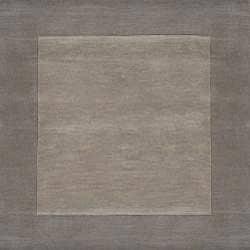 Hand-crafted Grey Tone-On-Tone Bordered Wool Rug (6' x 9')