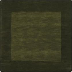 Hand-crafted Green Tone-On-Tone Bordered Wool Rug (9'9 Square)