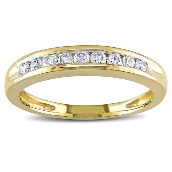 Miadora 10k Yellow Gold 1/4ct TDW Diamond Wedding Band