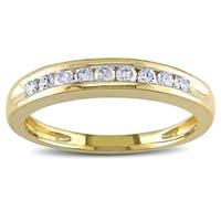 Miadora 10k Yellow Gold 1/4ct TDW Diamond Wedding Band
