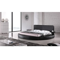 Oslo Round Queen Leatherette Bed