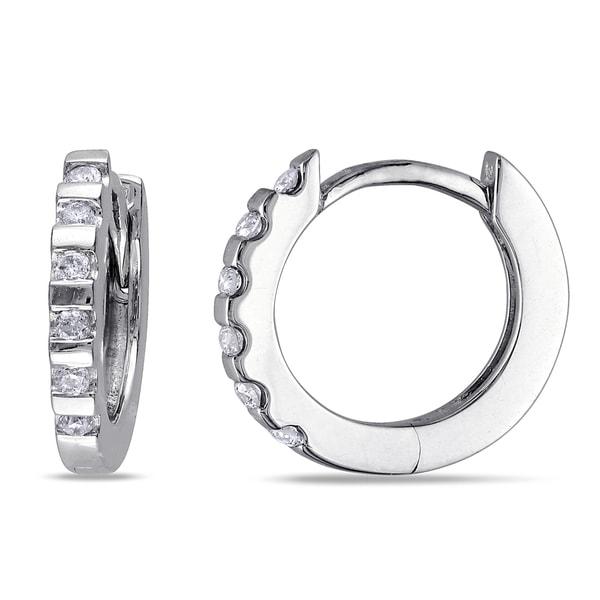Haylee Jewels 10k White Gold 1/10ct TDW Diamond Hoop Earrings (G-H, I2-I3)