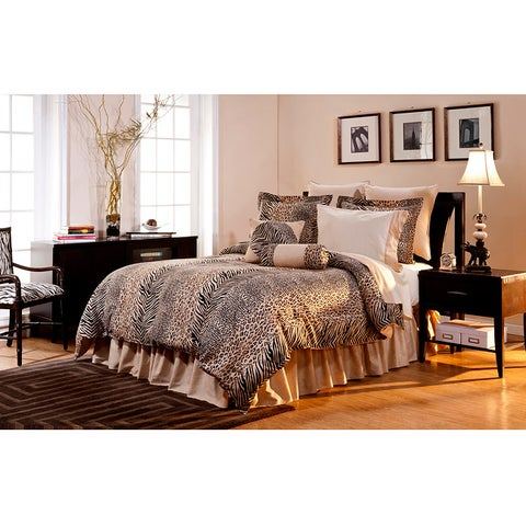 Pointehaven Urban Safari 12-piece Bed in a Bag with Sheet Set