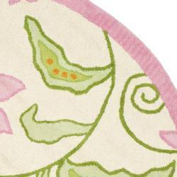 Safavieh Handmade Children's Daisy Ivory New Zealand Wool Rug (4' Round) - Thumbnail 1