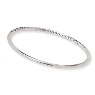 Mondevio Sterling Silver Diamond-cut Bangle Bracelet