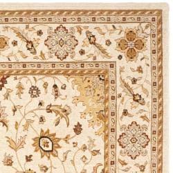 Safavieh Handmade Majesty Ivory/ Ivory New Zealand Oriental Wool Rug (4' x 5'6) - Thumbnail 2
