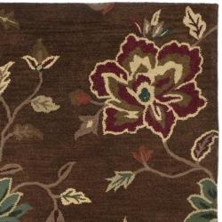 Safavieh Handmade Jardine Gardens Brown Wool Rug (6' Square) - Thumbnail 1