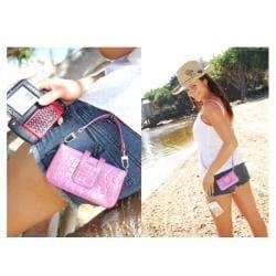 PossePouch iPhone/ Blackberry/ Digital Camera Croc Large Handbag - Thumbnail 1