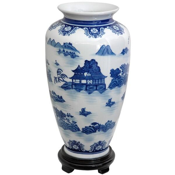 Handmade Porcelain 14-inch Blue and White Landscape Tung Chi Vase (China)
