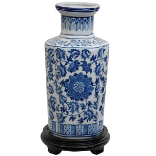 Handmade Porcelain 12-inch High Blue and White Floral Vase (China)