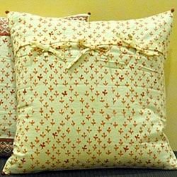 Cotton Hand-blocked 'Dhanya' Honeysuckle 18-inch Pillow Cover (India) - Thumbnail 1