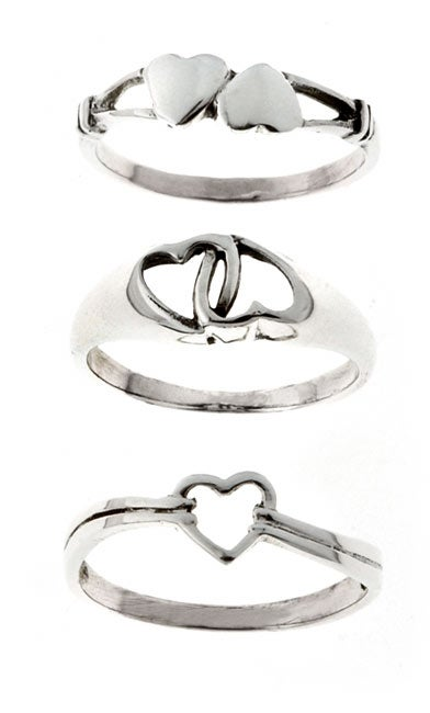 Journee Collection  Sterling Silver Heart Three-ring Set