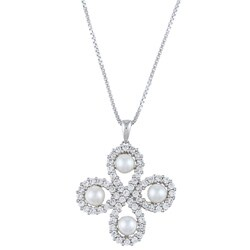Kabella Sterling Silver Freshwater Pearl and Cubic Zirconia Clover Necklace (4.5-5 mm)
