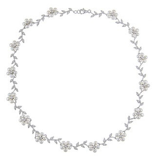 La Preciosa Sterling Silver FW Pearl and CZ Flower Necklace (3 mm)