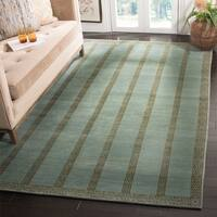 Safavieh Couture  Transitional Marine Wool Rug - 4' x 6'