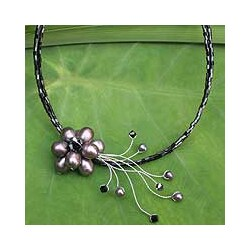 Stainless Steel 'Bouquet' Black Pearl Necklace (4-8 mm) (Thailand)