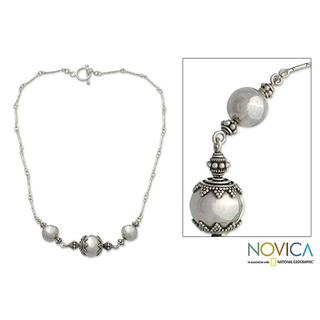"""Handmade Sterling Silver 'Ping Trio' Necklace (Indonesia) - 7'6"""" x 9'6"""""""