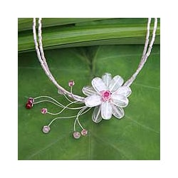 Stainless Steel 'Floral Chic' Rose Quartz Necklace (Thailand)