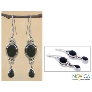 Handmade Sterling Silver 'Mystery' Onyx Drop Earrings (India)