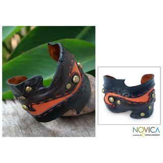 Handmade 'Dark Brown ' Leather Bracelet (Thailand)